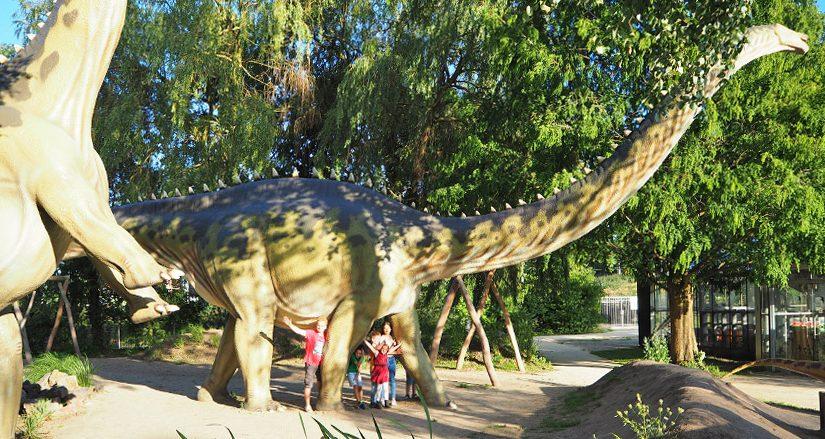 Venez à la découverte de Dino Land en réservant vos vacances au camping Les Mimosas