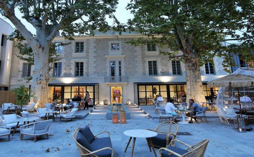 Saint-Rémy-de-Provence : capitale des Alpilles, lieu propice pour camper